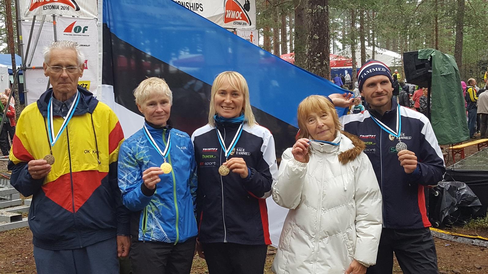 Vasakult Heino Mardiste, Marje Viirmann, Kirti Rebane, Tiiu Tiigimägi, Andreas Kraas